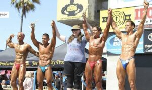 Richard wins Lightweight Division Muscle Beach Memorial Day 2012